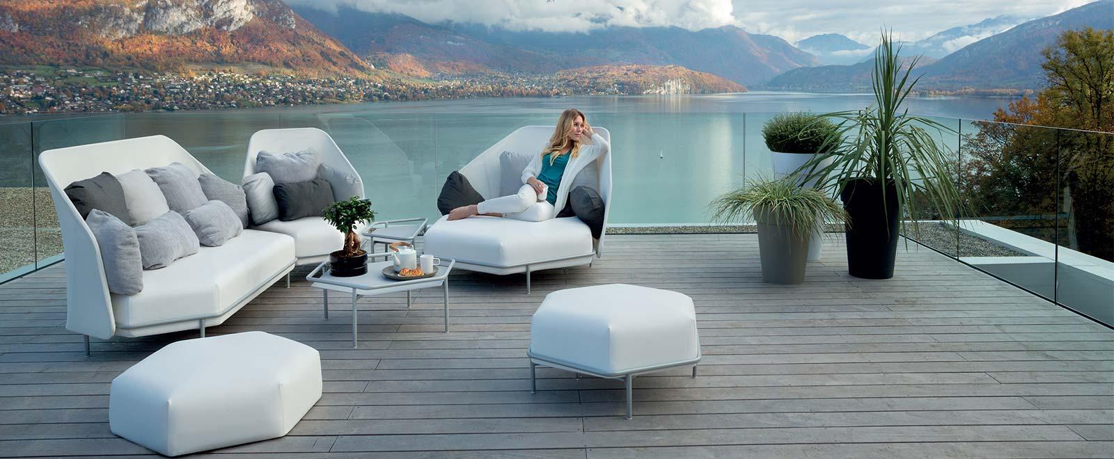 die agentur f r design outdoor m bel. Black Bedroom Furniture Sets. Home Design Ideas